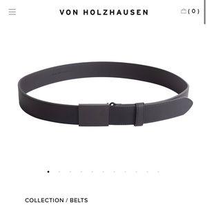 NWT MEN'S von Holzhausen Vegan Leather Belt